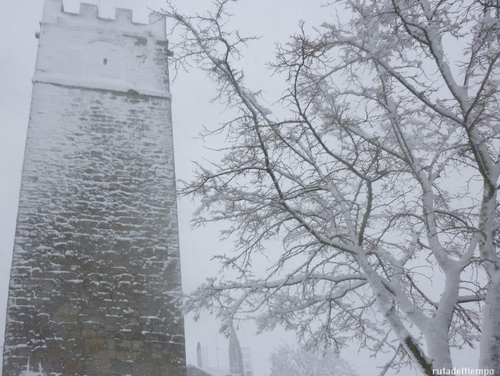 nieve-torre